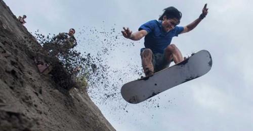 sandboarding-parangkusumo-jogja