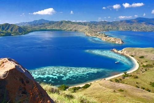 pulau-kanawa