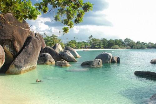 Pantai-Tanjung-Kelayang-Belitung