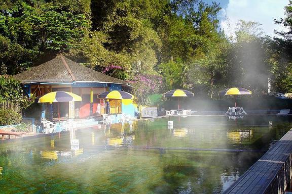 kolam air panas ciater