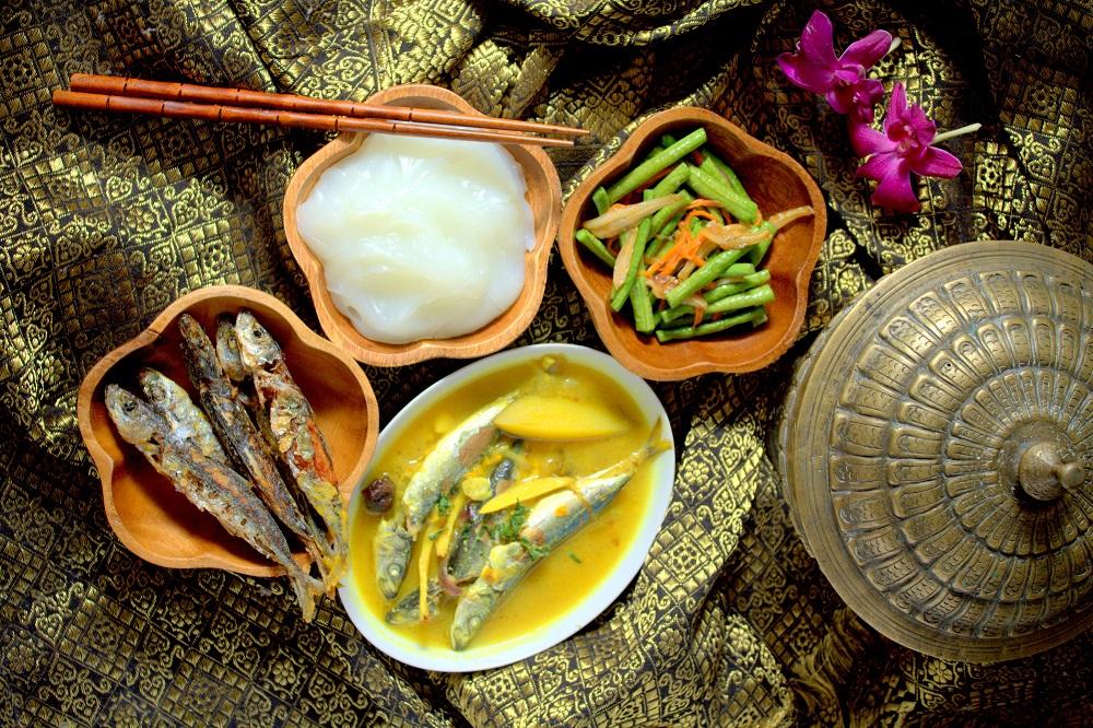 Papeda Dan Ikan Kuah Kuning Sensasi Yang Pas Di Lidah