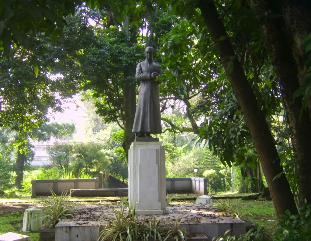 tempatbacabaca.blogspot.com