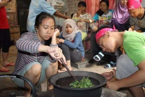 pembuatan teh sangrai