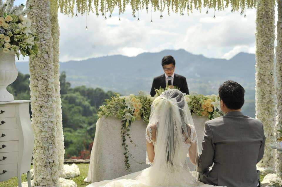 8 Tempat Romantis Untuk Wedding Outdoor Yang Bikin: 5 Tempat Resepsi Pernikahan Outdoor Di Bandung