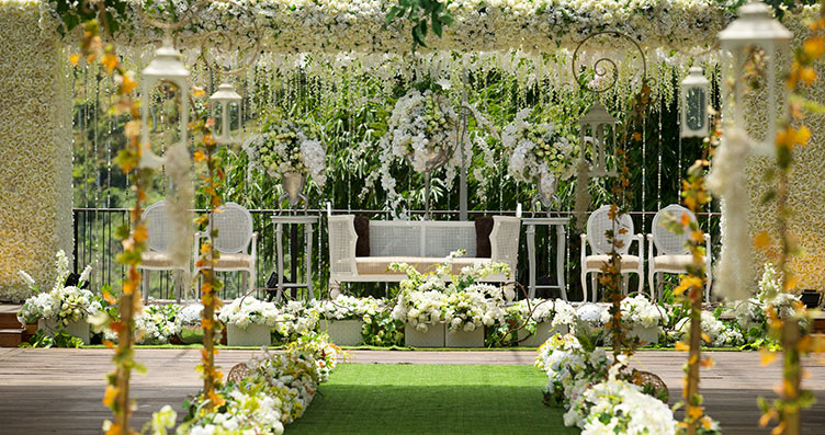 Outdoor wedding decoration bandung images wedding dress fuchsia wedding decoration bandung image collections wedding dress daf wedding decoration bandung images wedding dress decoration junglespirit Images