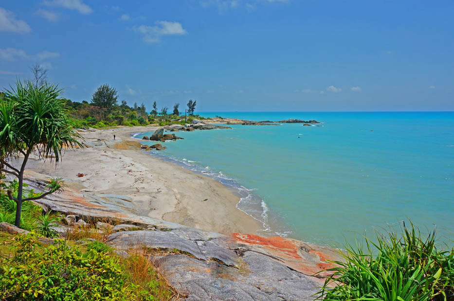 Pantai Rambak (indonesia.travel)
