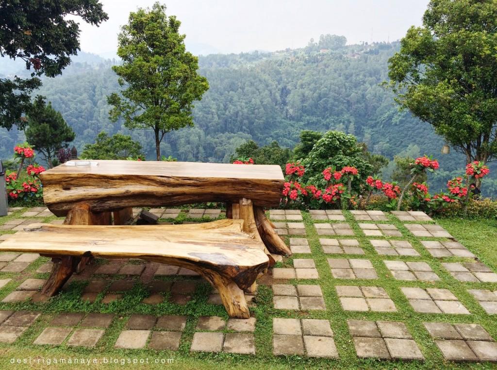 10 Resto Di Bandung Dengan Pemandangan Luar Biasa