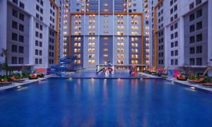 Ara-Hotel-Gading-Serpong-Swimming-Pool