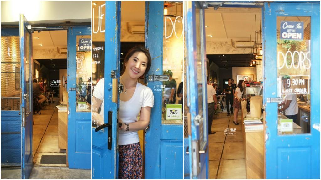 blue doors1