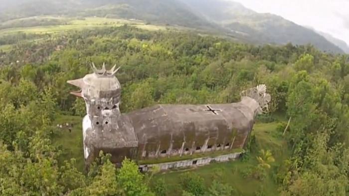 gereja ayam3