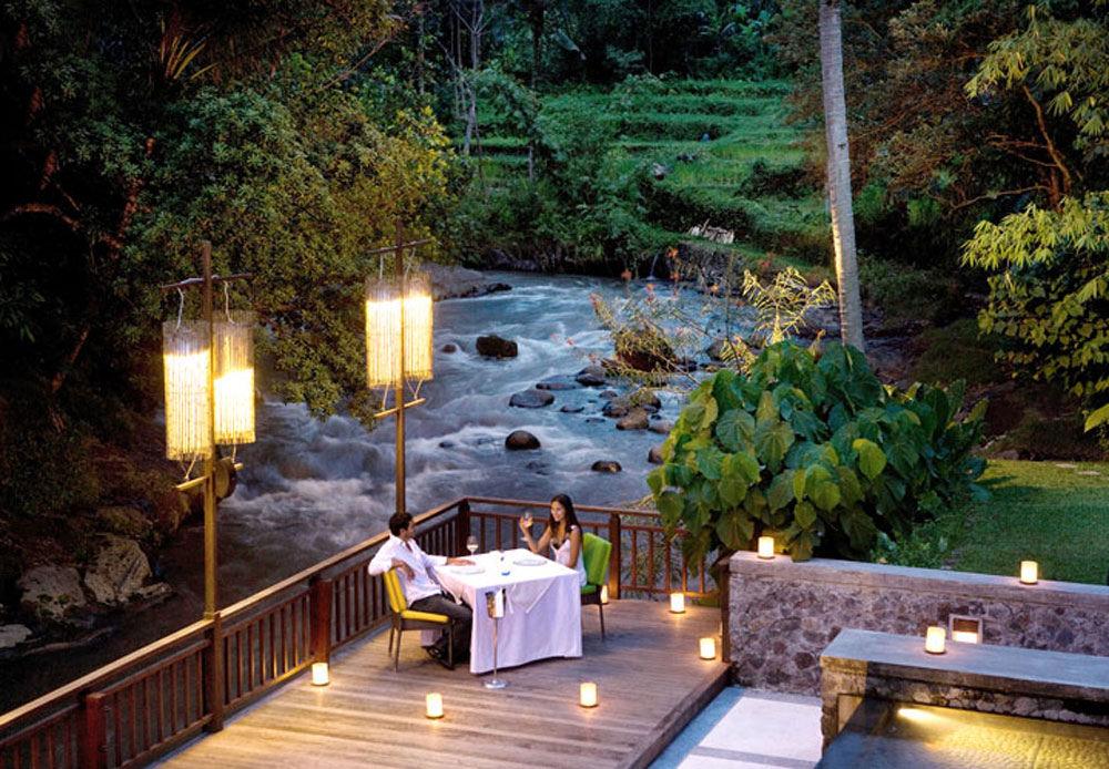 10 Resto Romantis Dan Instagenic Di Bali Dengan