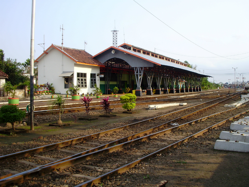 stasiun kota lama