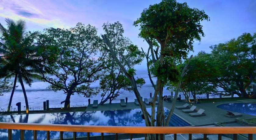 9 hotel murah di anyer dengan pemandangan indah di bawah sejuta rh pegipegi com