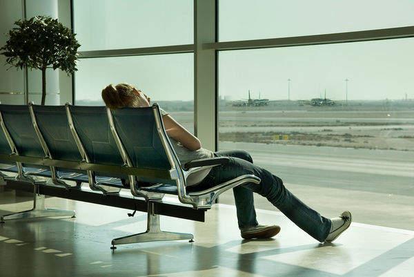 delay pesawat