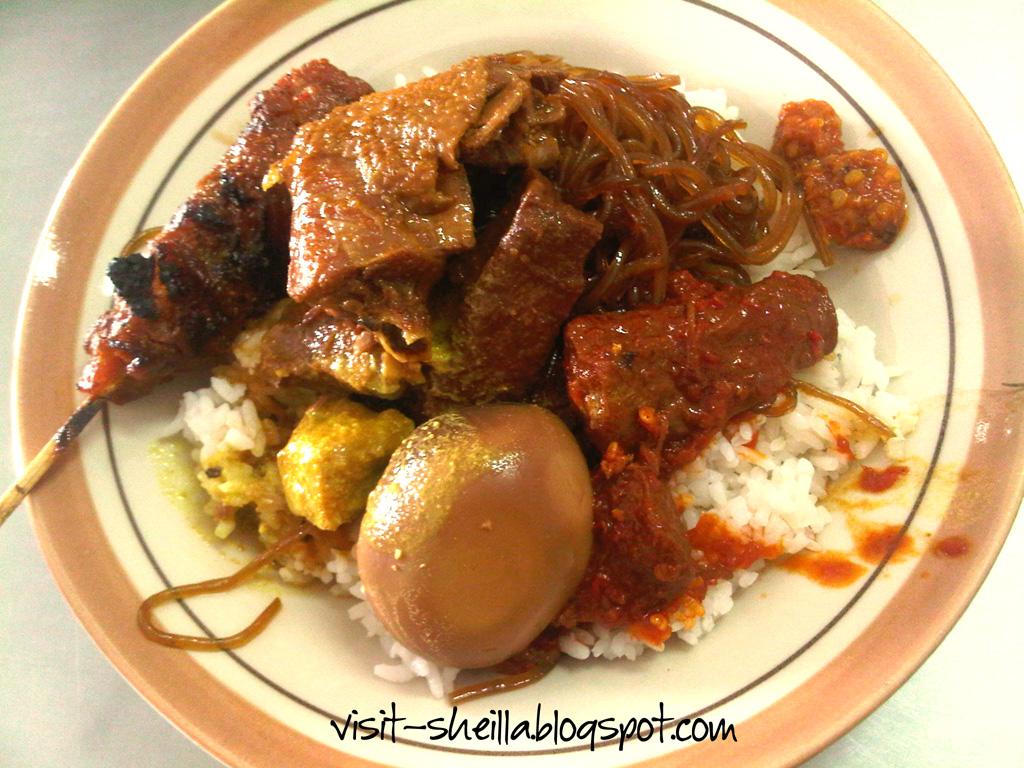 Nasi-Campur-Jakarta-Nasi-Tambak-Bayan