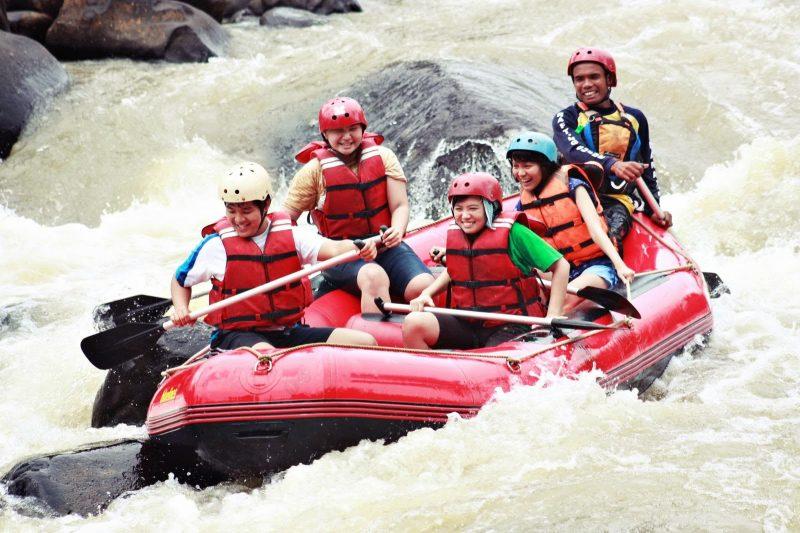4 Wisata Arung Jeram di Jawa Barat