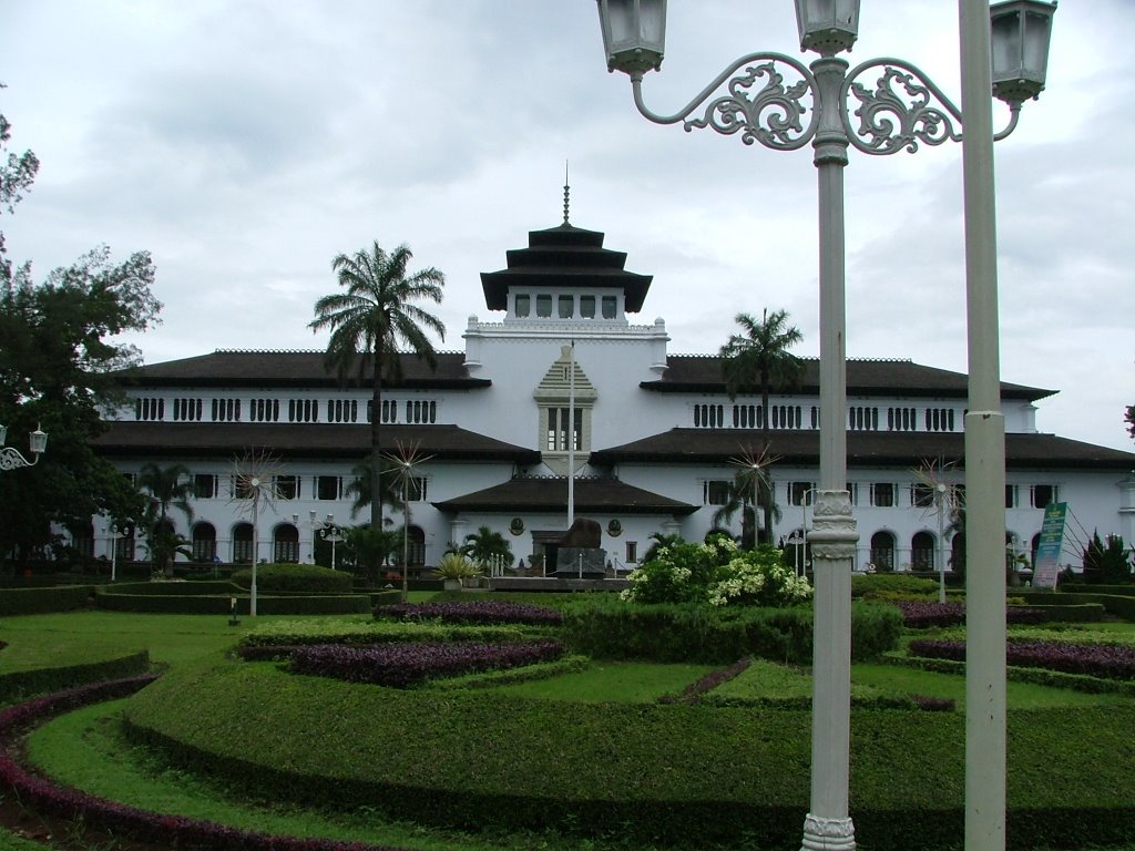 5 Fakta Seru Gedung Sate di Bandung