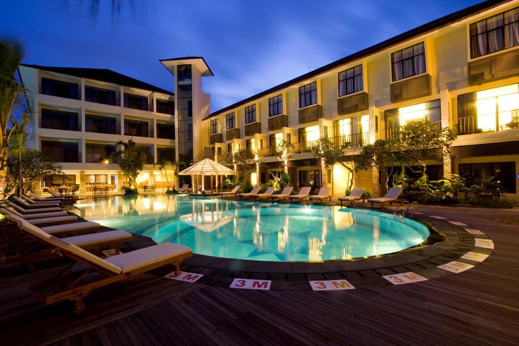 10 Hotel Dengan Kolam Renang Di Kuta Bali Bawah Rp 500 Ribu