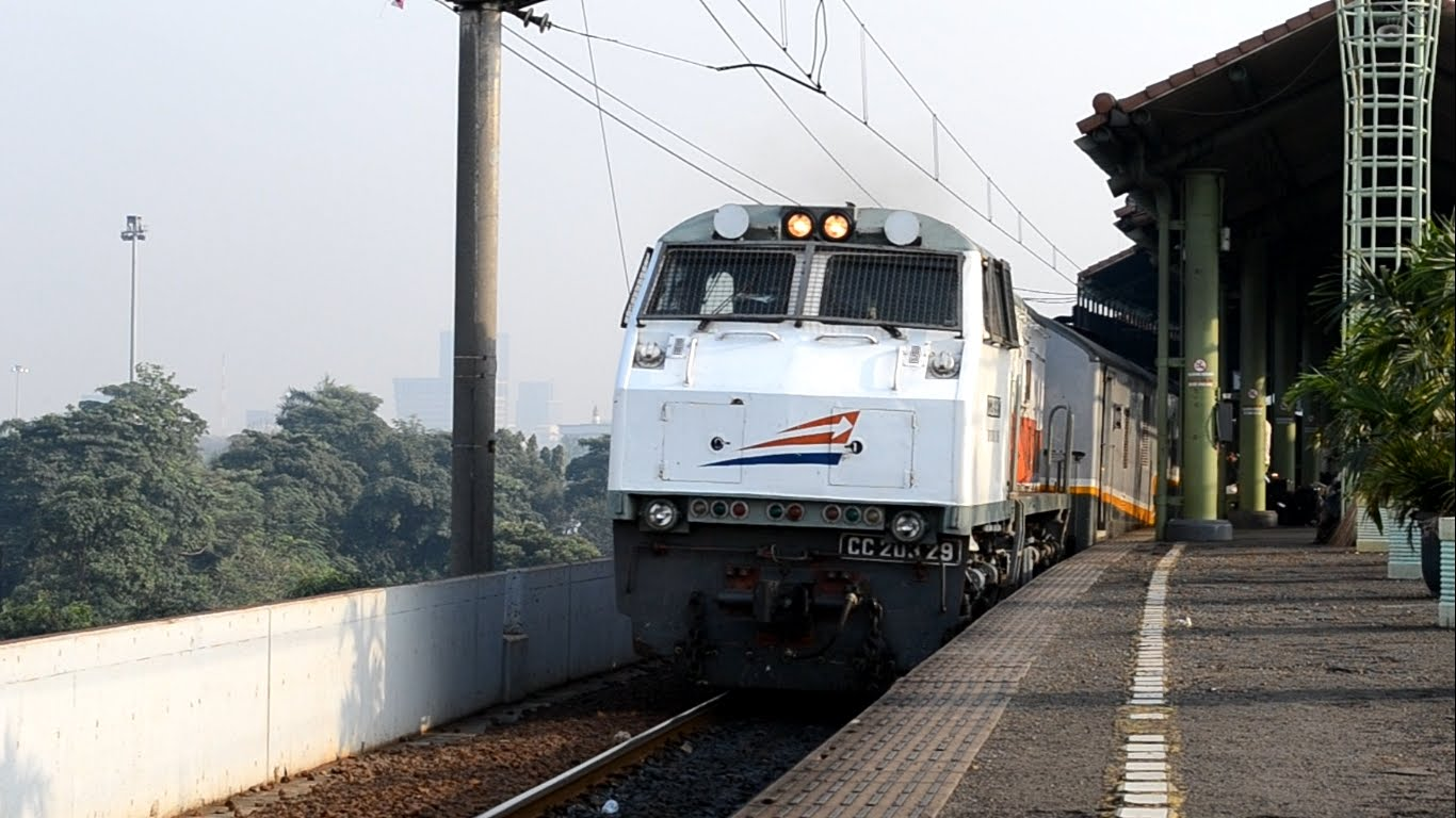 Tiket Kereta Api Tambahan Untuk Mudik Lebaran Sudah Bisa Dipesan Lodaya