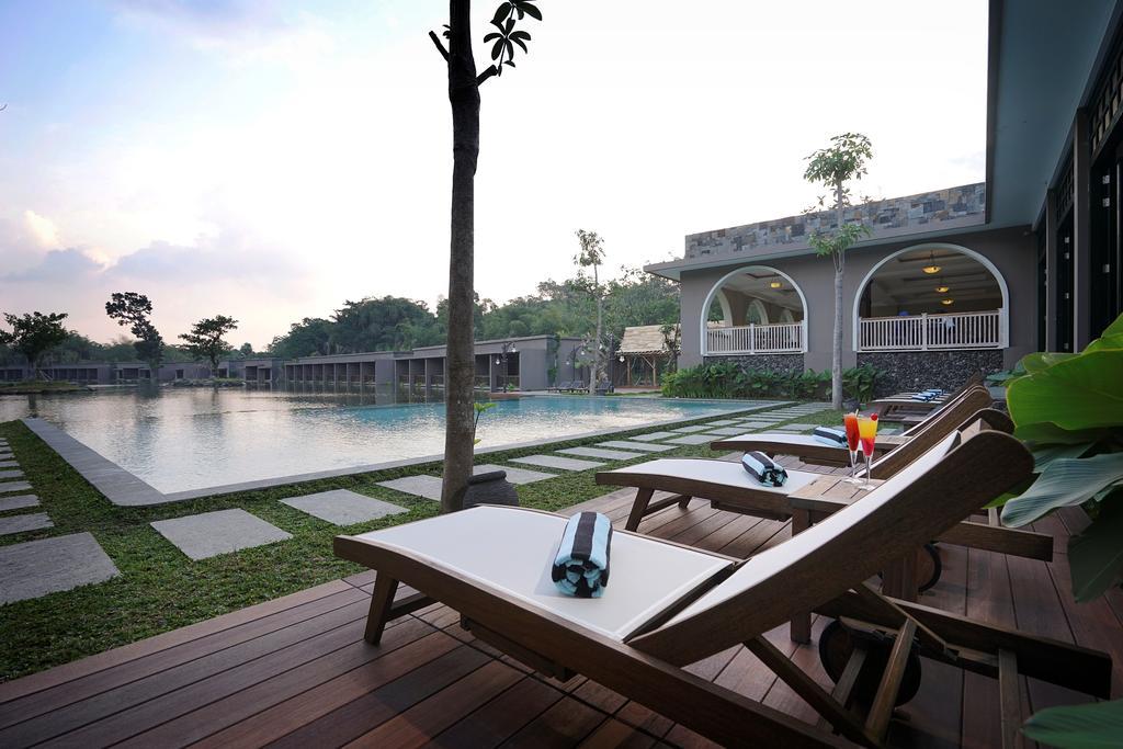7 Hotel Nyaman di Yogyakarta dengan Kolam Renang Cantik
