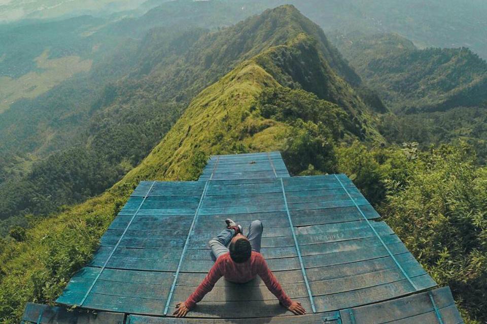 tempat wisata di semarang Gunung Telomoyo