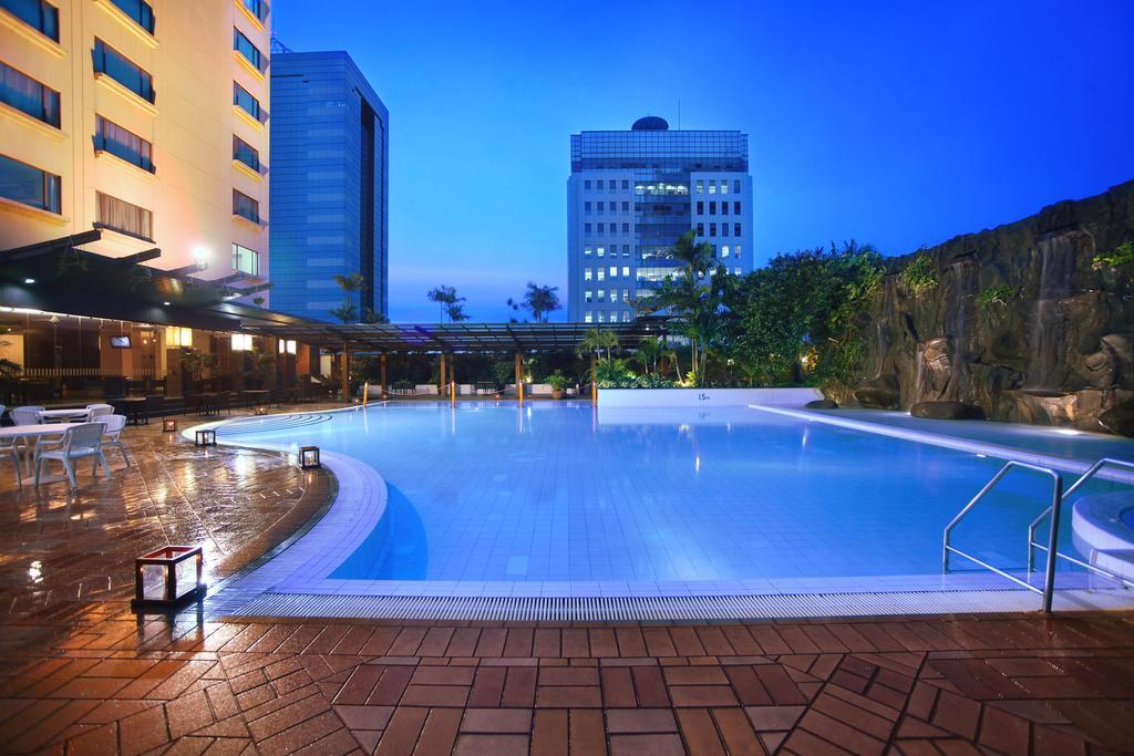 10 hotel dekat pasar tanah abang jakarta dari rp 200 ribuan rh pegipegi com