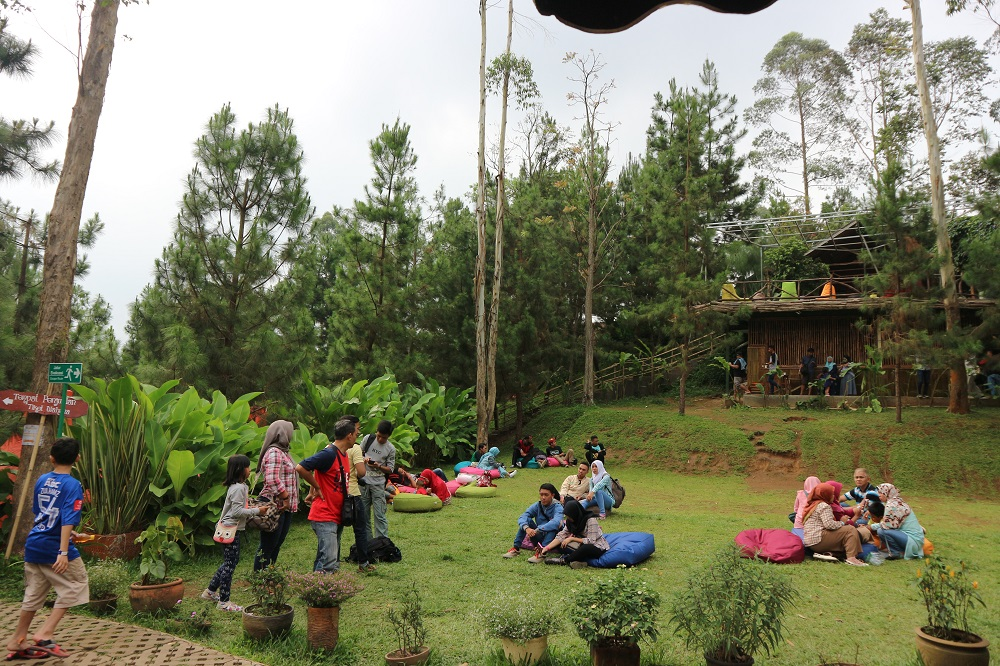 5 Lokasi Wisata Hits Di Bandung Bikin Traveling Kamu Seru
