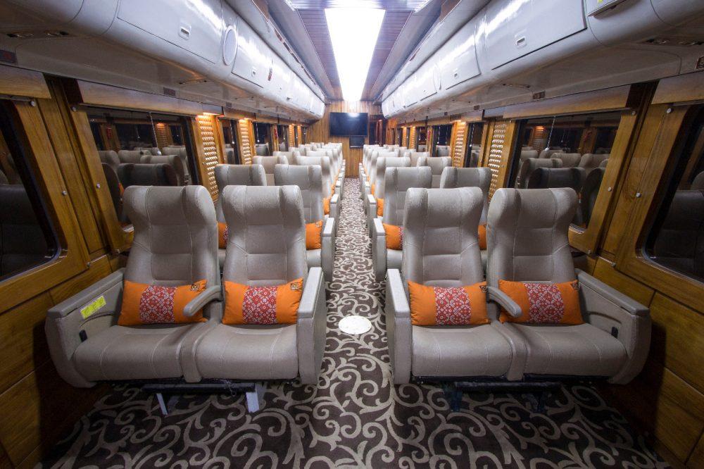 Naik Kereta Kelas Priority Dari Jakarta Ke Bandung Cuma Rp 200 Ribu
