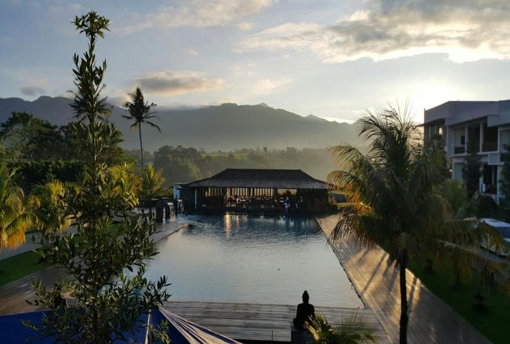 7 hotel keluarga strategis di bogor di bawah rp 500 ribu rh pegipegi com rekomendasi hotel di puncak murah rekomendasi hotel di puncak pass