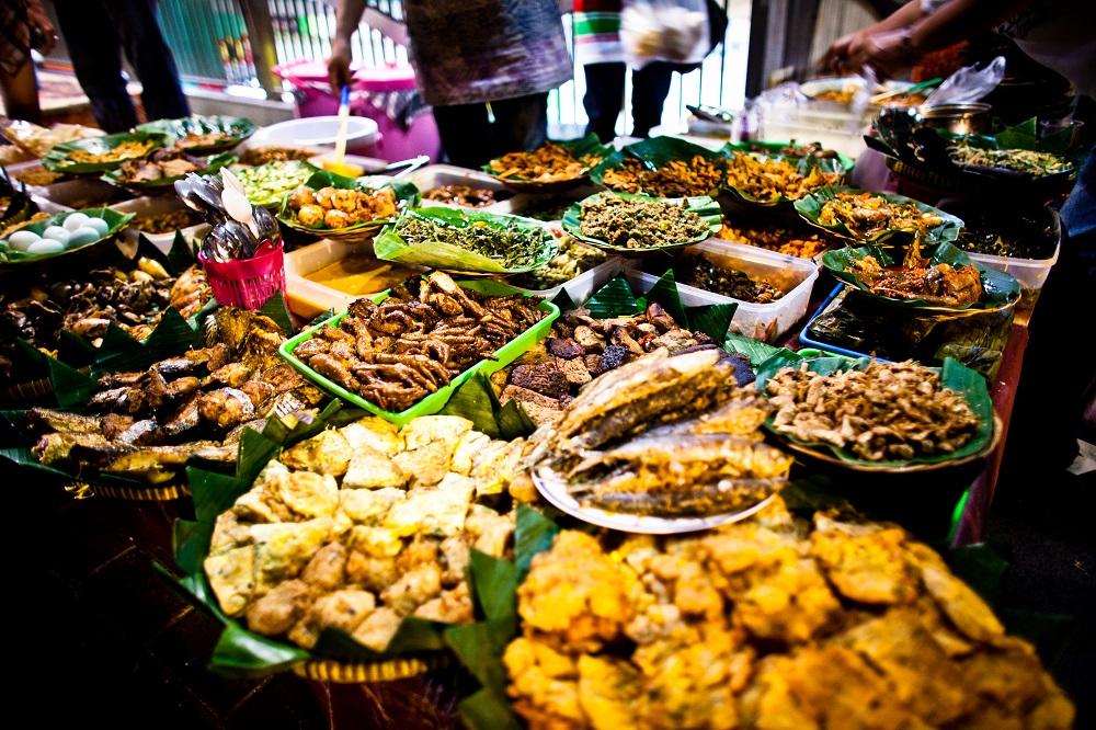 7 Kedai Nasi Pecel Lezat Wajib Coba di Joglosemar