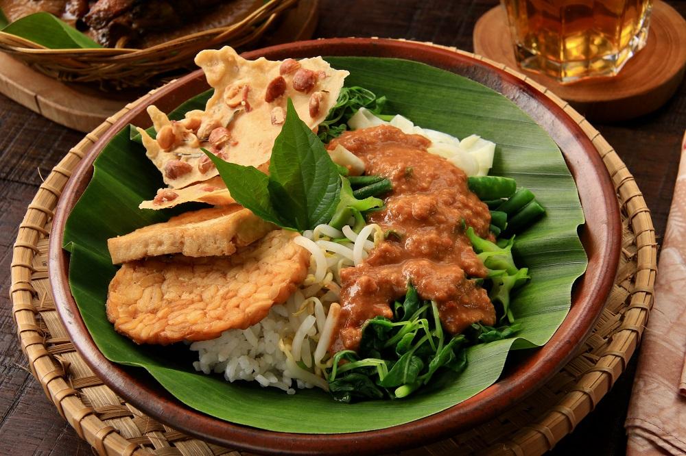 5 Kuliner Lezat Yang Wajib Coba Di Simpang Lima Semarang