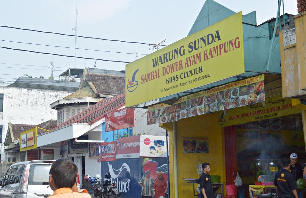 Banjir Keringat Di Warung Sambal Dower Ayam Kampung Bogor