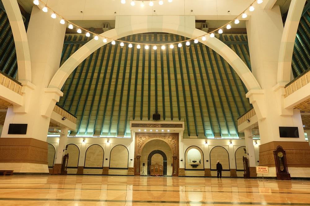 Masjid Agung Jawa Tengah Daya Pikat Religius Kota Semarang
