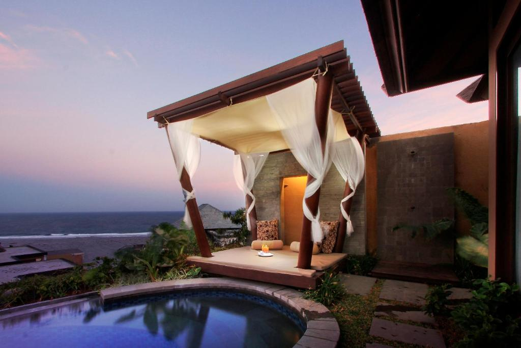 10 Hotel Romantis Di Nusa Dua Bali Untuk Bulan Madu