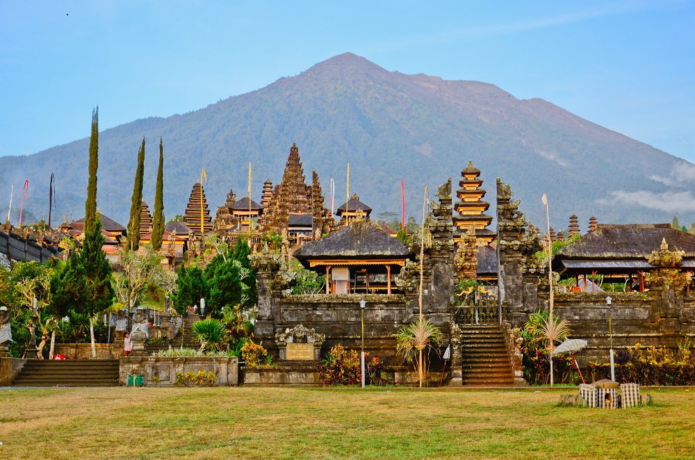 10 Tempat Wisata Seru Buat Liburan Di Karangasem Bali
