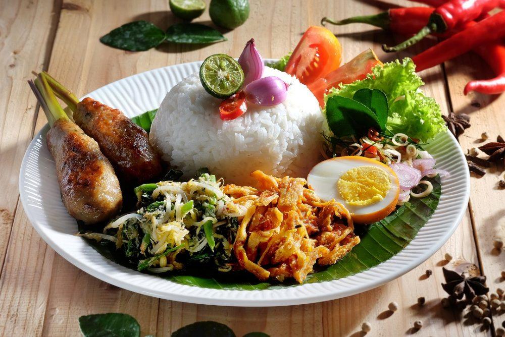 Nasi Campur Bali, Paduan Kuliner Lezat Kaya Cita Rasa
