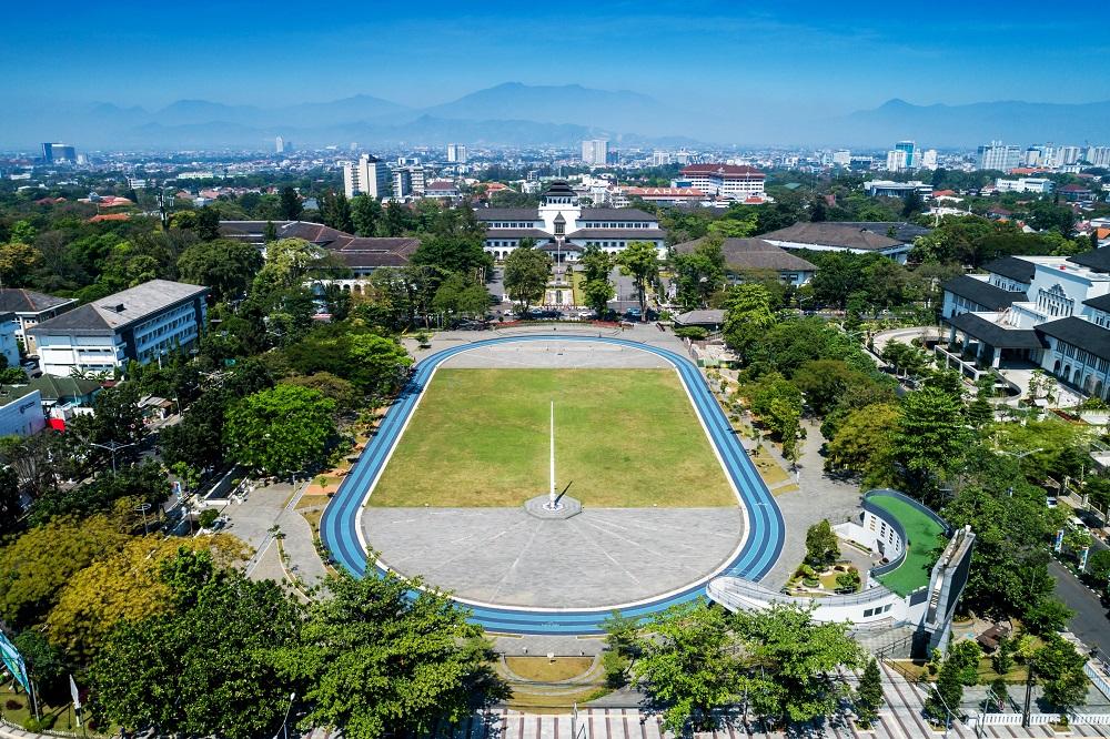 Lapangan Gasibu, Spot Wisata Sekaligus Olahraga Seru di Bandung