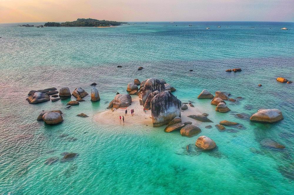 Image result for pulau batu berlayar HD