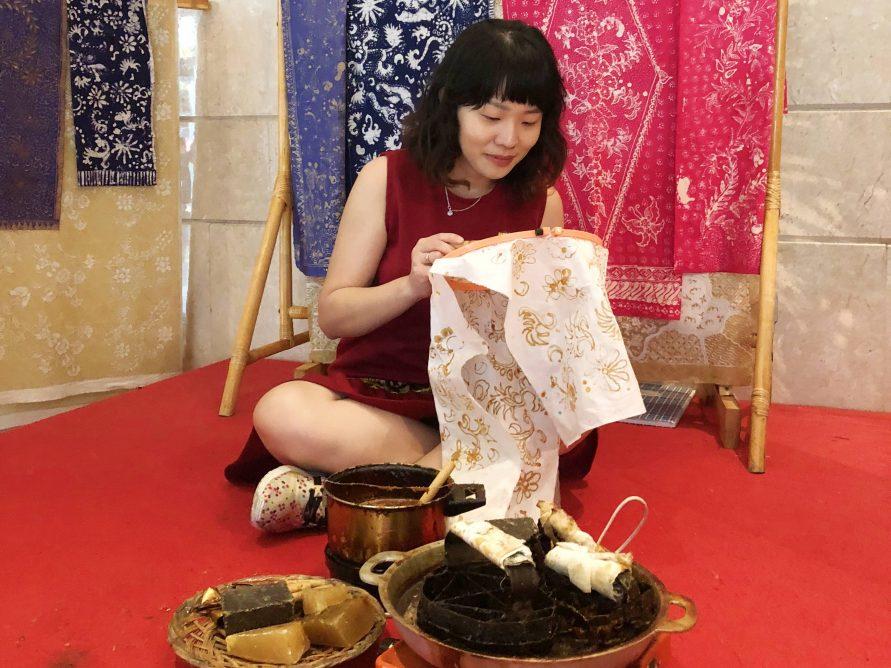 wisata belajar membatik di jogja Ini Dia 4 Spot Belajar Bikin Batik Yang Seru Di Jakarta