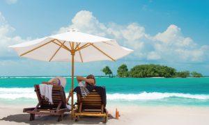 8 Pantai Cantik di Indonesia yang Nanti Wajib Kamu Kunjungi