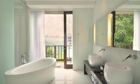 hotel dengan kamar mandi semi outdoor