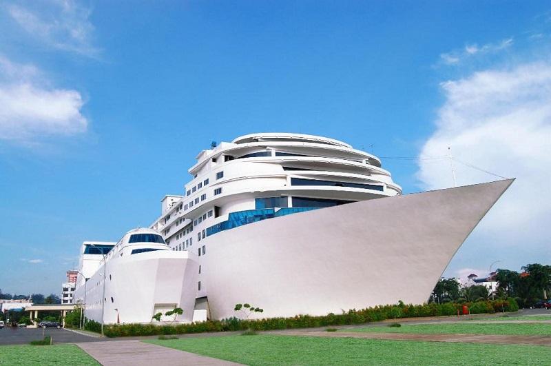 hotel terunik di indonesia
