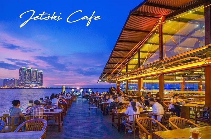 kafe untuk menikmati sunset